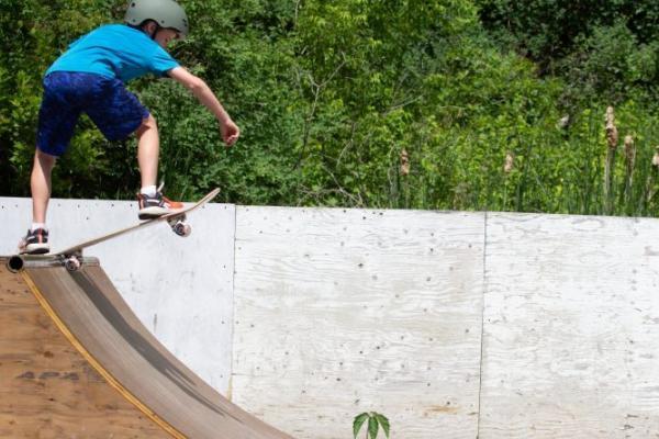 Kids skate into summer