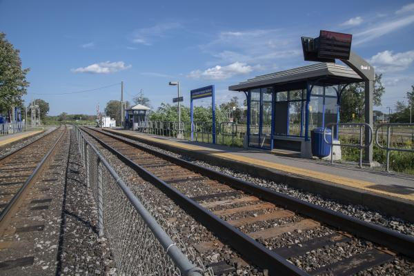 Will Île Perrot end up with 1 or 2 commuter train stations?