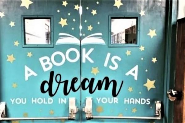 A book is a dream!