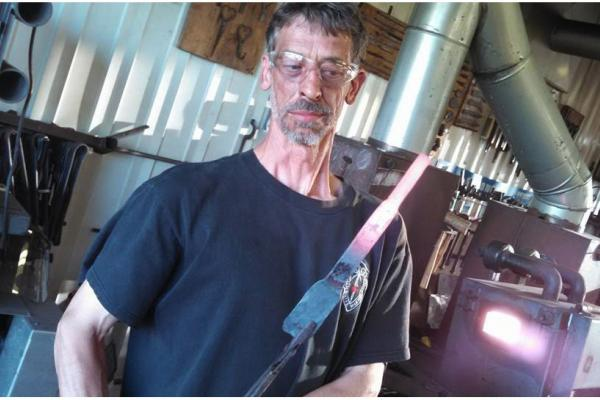 Bladesmithing finds a home in the Eastern Townships