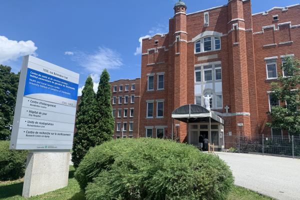 CHSLD D'Youville in Sherbrooke experiences minor COVID-19 outbreak
