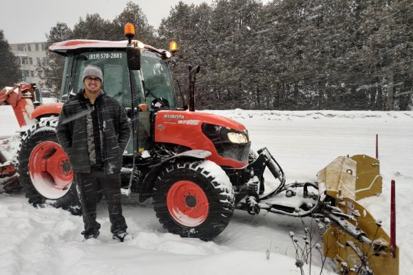 Snow removal workers gear up for first major snowfall of the new year