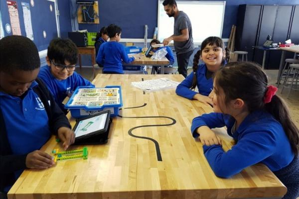 Sinclair Laird students move to learning from home