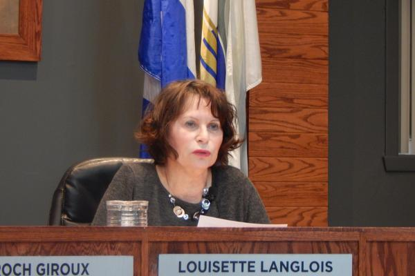 The court suspends Louisette Langlois' requests