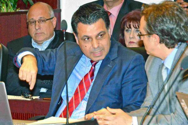 De Cotis motion calls on Demers to reject $50 REM surtax