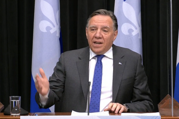 Legault accuses critics of sowing division on issue of the homeless & curfew