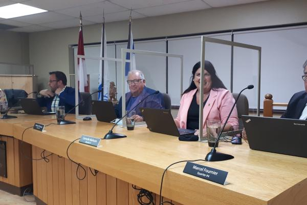 Gaspé holds in-person council meeting