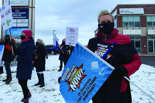 Teachers' unions accept Quebec's sectorial settlement proposal