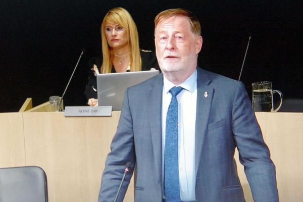 Laval wants Ottawa to take decisive action against gun violence
