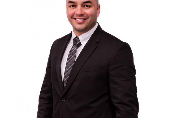 Nicolas Macrozonaris running for council seat in Saint-Martin