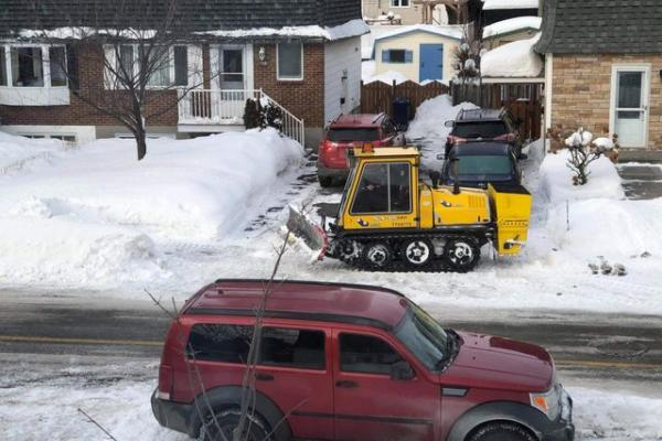 City of Laval says it has improved snow removal – but not everyone agrees