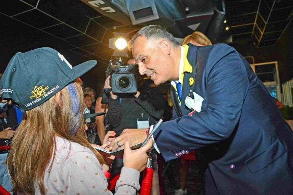 Cinémas Guzzo owner refuses Legault's compensation offer
