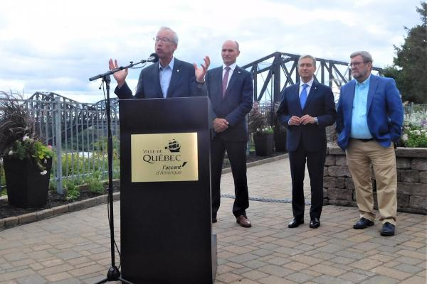 Federal government says it wants to buy back historic Quebec Bridge