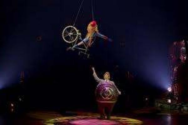 Quebec's pride, the Cirque du Soleil, falls into 'foreign' hands