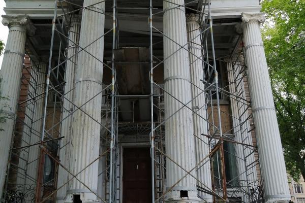 Lawyer wants probe of mayor's inaction on Maison Pollack