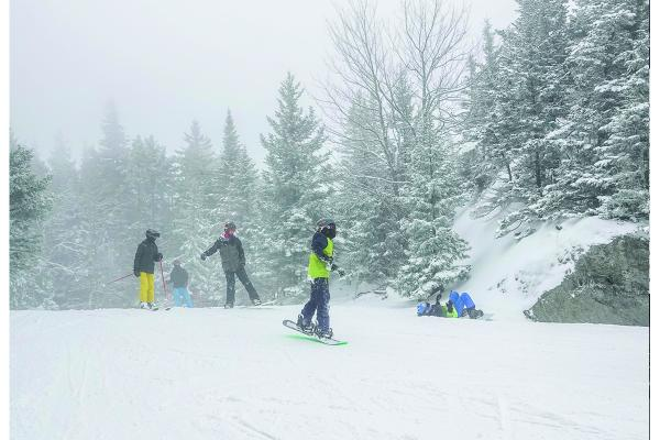 Warm weather hinders start of ski season
